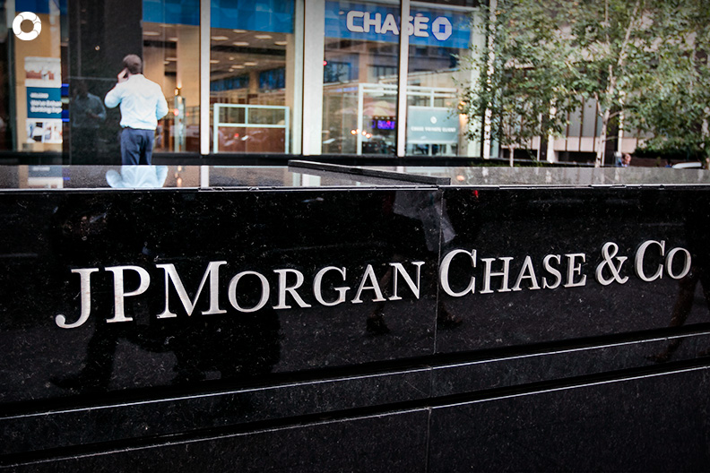 h_case_study_JP_Morgan_Chase_financial_troubles